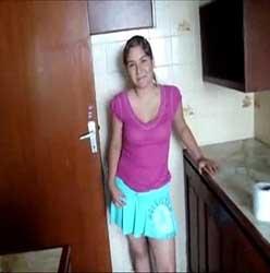 Empregada Doméstica Safadinha Mamando Gostoso a Rola Do Patrão