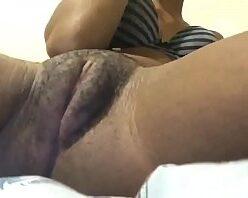 Nudes Da Novinha Pernambucana Empinando o Rabão Gostosa Na Cam